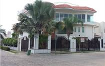 Homes for Sale in Fluvial, Puerto Vallarta, Jalisco $480,000