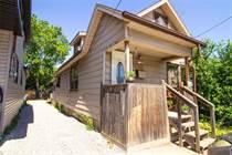 Homes for Sale in Hamilton, Ontario $299,900