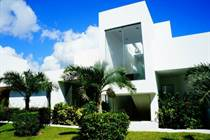 Homes for Sale in Yalku, Akumal, Quintana Roo $970,000