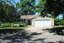 Homes for Sale in Eau Claire, Wisconsin $219,900