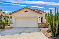 Homes for Sale in Greenfield Lakes, Gilbert, Arizona $450,000