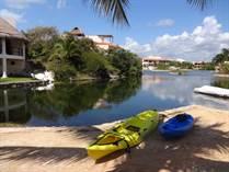 Condos for Sale in Bahia Katenah, Puerto Aventuras, Quintana Roo $245,000
