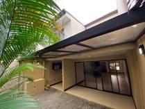 Homes for Sale in Central, Santa Ana, San José $199,995