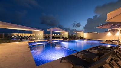 Luxury 1 Br. Condo Steps From The Beach in Downtown Playa del carmen