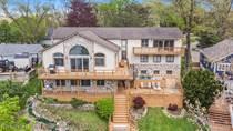 Homes for Sale in Brighton, Michigan $649,900