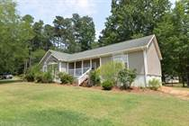 Homes for Sale in Lake Sinclair Baldwin, Milledgeville, Georgia $135,000