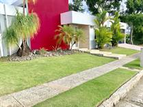 Homes Sold in La Villa de Torrimar, Guaynabo, Puerto Rico $570,000