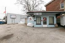 Commercial Real Estate Sold in South Central, Windsor, Ontario $295,959
