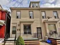 Homes for Sale in Hamilton, Ontario $664,900
