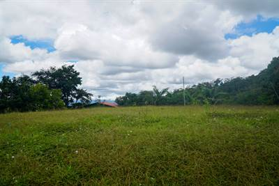 Quebradas Building Lot with 360 Degree Views and Rancho