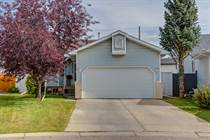 Homes Sold in Coventry Hills, Calgary, Alberta $399,000