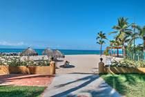 Condos for Sale in Zona Hotelera, Puerto Vallarta, Jalisco $435,000