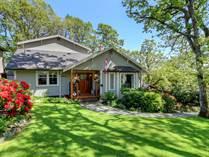Homes for Sale in Cedar Hill, Saanich, British Columbia $1,189,000