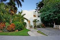 Homes for Sale in Playacar Phase 2, Playa del Carmen, Quintana Roo $495,000