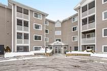 Condos for Sale in Greenboro, Ottawa, Ontario $259,900