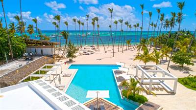 Punta Cana Beachfront Condo For Sale | Playa Coral 1 BDR | Playa Bavaro, Dominican Republic