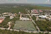 Lots and Land for Sale in Playa del Carmen, Quintana Roo $6,060,000