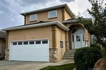 Homes for Sale in Lethbridge, Alberta $344,900