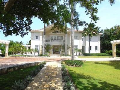 Punta Cana Luxury Villa For Sale  | Arrecife  800 | Punta Cana Resort, Dominican Republic