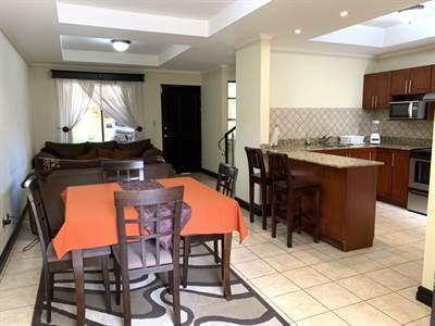 Casa de 3 habitaciones - Amoblada