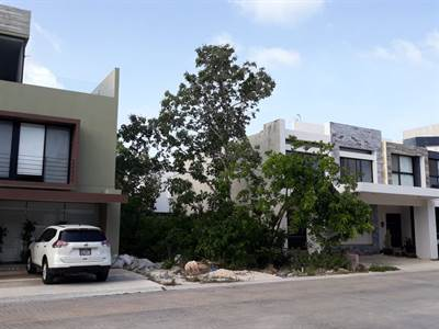 LOT FOR SALE IN RESIDENTIAL AQUA CANCUN