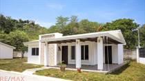 Homes for Sale in Puntarenas, Jaco, Puntarenas $127,000