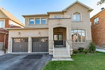 Homes for Sale in Oakville, Ontario $1,699,999