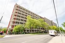 Condos Sold in Hamilton East, Hamilton, Ontario $424,900