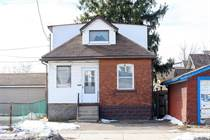 Homes for Sale in Hamilton, Ontario $449,900