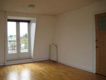 Homes for Rent/Lease in Amsterdam Old South, North Holland €2,950 monthly
