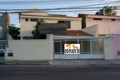 """Merida, Yucatan presents """"AV CAMARA DE COMERCIO HOUSE"""" in the North of the City"""