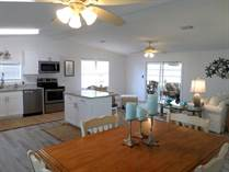 Homes for Sale in Camelot Lakes MHC, Sarasota, Florida $92,000