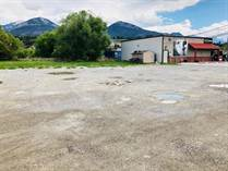 Commercial Real Estate for Sale in Athalmer, British Columbia $150,000