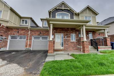 Spacious 3 Bedroom Open Concept Townhouse! Northwest Brampton!