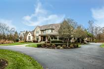 Homes for Sale in Colts Neck, Blacklick, Ohio $1,099,700