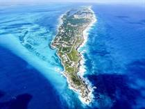 Lots and Land for Sale in Isla Mujeres, Quintana Roo $6,080,000