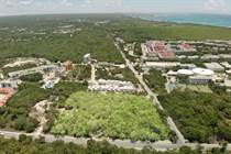 Lots and Land for Sale in Xcalacoco, Quintana Roo $6,060,000
