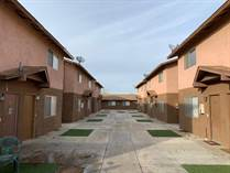 Multifamily Dwellings for Sale in Bakersfield, California $1,250,000