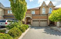 Homes for Sale in Mississauga, Ontario $929,900