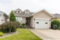 Homes for Sale in Lethbridge, Alberta $319,000