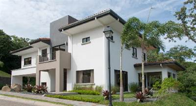 Casa en venta de 4 habitaciones