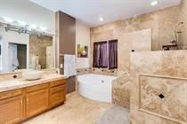 Homes for Sale in Hunters Green, Phoenix, Arizona $394,900