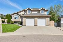 Homes for Sale in Medicine Hat, Alberta $499,900