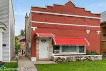 Multifamily Dwellings for Sale in Cicero, Illinois $249,900
