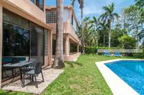 Condos for Sale in Puerto Aventuras, Quintana Roo $145,000