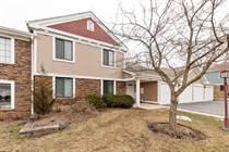 Condos for Sale in Lexington Green, Schaumburg, Illinois $179,000