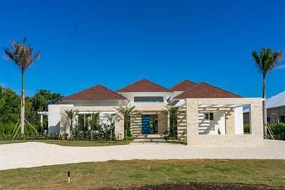 Punta Cana Luxury Villa For Sale    Hacienda 600   Punta Cana Resort, Dominican Republic