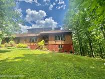 Homes for Sale in Pennsylvania, East Stroudsburg, Pennsylvania $339,000