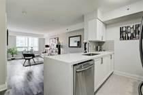 Condos for Sale in Bathurst/Lawrence, Toronto, Ontario $540,000