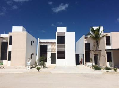 HOUSE READY TO USE IN PUERTO LINDO, CHELEM